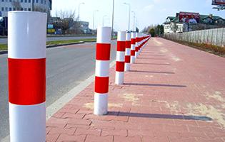 dostawa-i-montaz-urzadzen-bezpieczenstwa-ruchu-drogowego